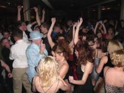 Oh how I love to go to the prom.