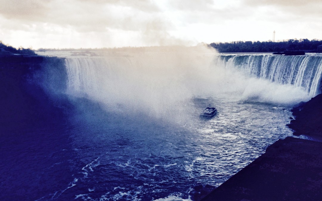 eWalk Goes to Niagara Falls